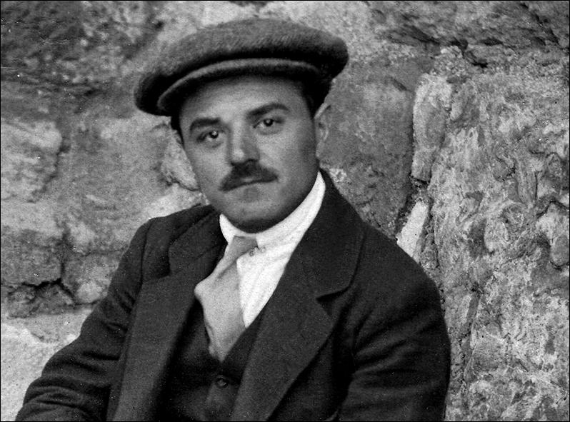 Arheolog Metaxa Harilaos - ARHEOLOGI