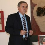 <a href='https://www.arheologi.ro/arheolog/teicu-dumitru/'>Țeicu Dumitru</a>